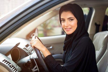 Saudi Arabia legalizes women drivers