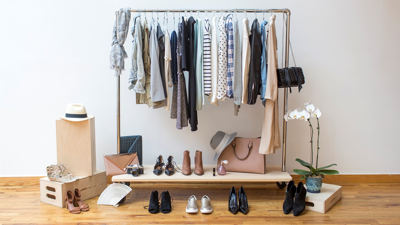 Make your life easier with a capsule wardrobe