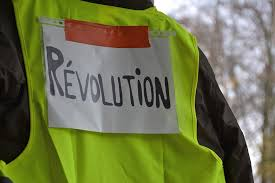 Yellow vest movement shakes France
